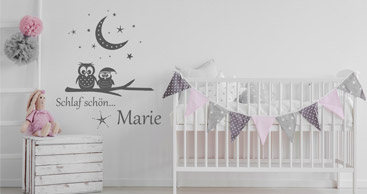 wandtattoo baby sch ne wandtattoos f r babys mit name im babyzimmer. Black Bedroom Furniture Sets. Home Design Ideas