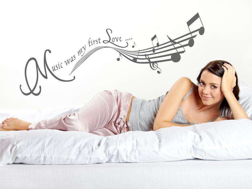 wandtattoo music wandtattoos music was my first love von. Black Bedroom Furniture Sets. Home Design Ideas