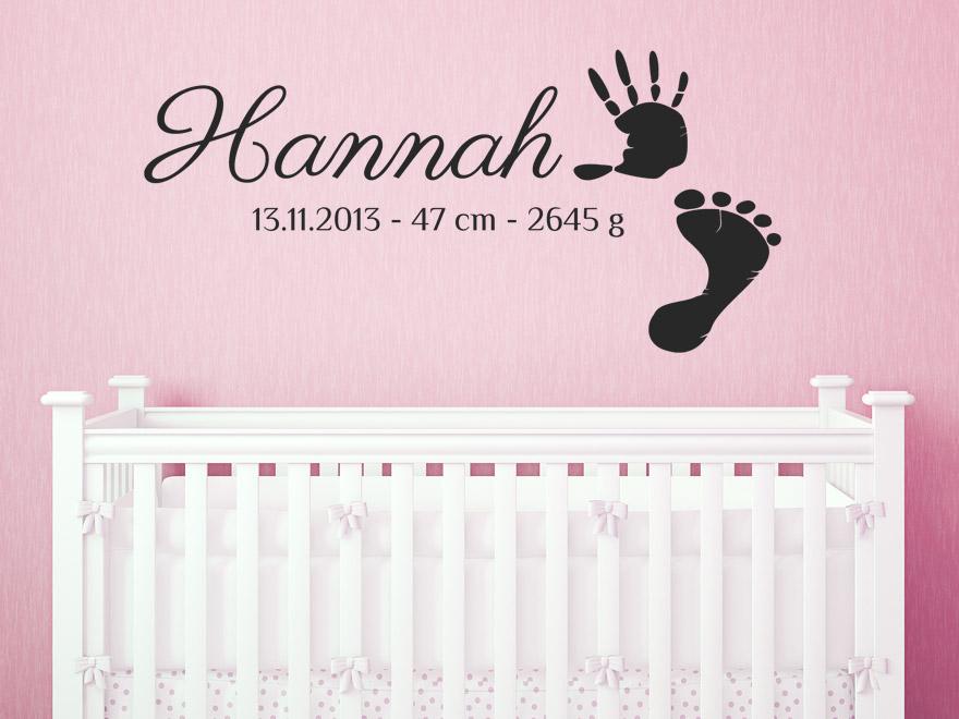 Babyzimmer wandtattoo mädchen  Baby Wandtattoo Wunschname mit Fußabdruck und Geburtsdaten von ...