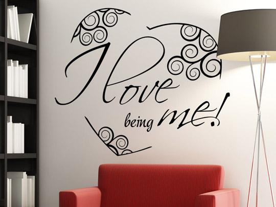 wandtattoo i love being me wandspruch mit herz von. Black Bedroom Furniture Sets. Home Design Ideas